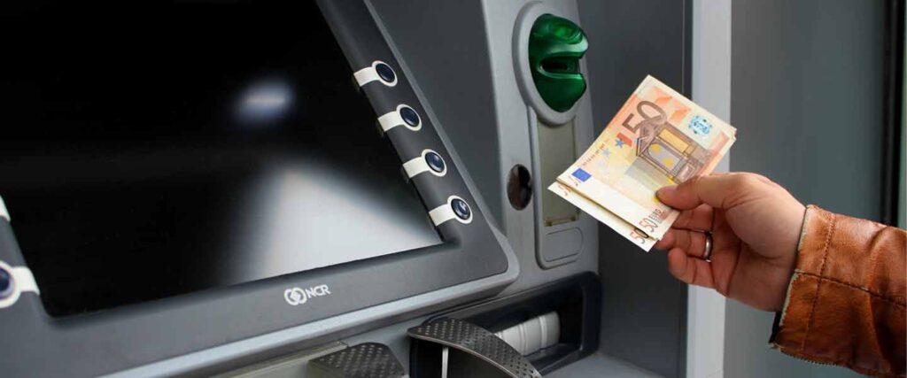 1200 euro al mese per tre anni senza fare nulla